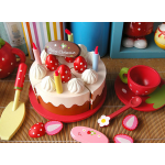 Strawberry birthday cake party
