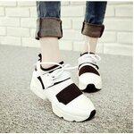 [Pre-oder] รองเท้าผ้าใบแฟชั่น รองเท้าผู้หญิง สไตล์เกาหลี ไซล์ 35-39