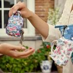 พร้อมส่งค่ะ น่ารักมากๆ Cath Kidston key holder กระเป๋าใบเล็กจิ๋ว ไว้ห้อยกับกระเป๋าใบใหญ่จ้า