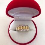 พร้อมส่งค่ะ แหวนพลอยบุษราคัมจันทบุรีแท้ เรียงแถว 5 เม็ด ล้อมเพชร