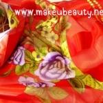 ตัวอย่างผ้าพันคอ ผ้าคลุมไหล่พิมพ์ลาย : ลายดอกสีขาวแดง