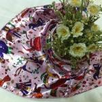 ผ้าพันคอ ผ้าคาดผมเนื้อไหมญี่ปุ่น : ลายกราฟฟิกสีชมพู