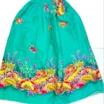 ผ้าถุง ขอบยางยืด มี3ขนาด: ขนาดยาว 60cm, 90cm, และ 100cm ใช้สำหรับนุ่งอาบน้ำ