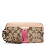 ❤❤ พร้อมส่งค่ะ ❤❤ Coach Signature Stripe 12cm Double Zip Wallet