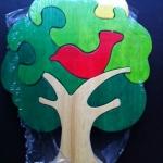 จิกซอว์นกน้อยบนต้นไม้