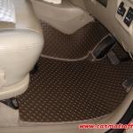 พรมปูพื้นรถยนต์ INNOVA ลายกระดุม สีเบจ full option