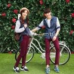 เสื้อคู่รัก ชุดคู่รัก แฟชั่นเกาหลี เสื้อเชิ๊ตยีนส์แขนยาว ต่อผ้าลายขวางช่วงแขน - pre order
