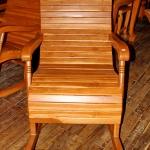 เก้าอี้โยกไม้สักใหญ่