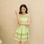 [Preorder] เดรสแฟชั่นแขนกุดสไตล์เกาหลีปักลายเก๋ๆ สีเขียว (ไซส์ M L XL XXL) 2014 Women Korean version of the new round neck vest style goddess dress lace stitching chiffon skirt summer women dress