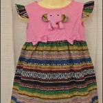ชุดกระโปรงเด็กหญิงสไตล์ไทย สีชมพู กระโปรงลายรุ้ง ประดับด้วยพู่ลูกตุ้มสีชมพู น่ารักมาก (size S-XL ไม่ต้องเผื่อ size นะคะ ชุดมีกระดุมหลังค่ะ ถ้าเผื่อ เผื่อแค่ 4-5 ซม.พอค่ะ)