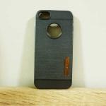 case iphone 5/5s/SE เคสยางMotomo สีดำ
