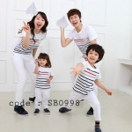 ชุดครอบครัว เสื้อครอบครัว เสื้อยืดคอกลมสีขาว ลายขวางแดงดำ SB0998 - พร้อมส่ง