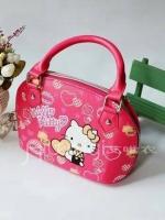 (พร้อมส่ง)กระเป๋าคิตตี้ทรงโค้ง น่ารักมาก ๆ สวยสุด ๆ สีชมพูเข้ม