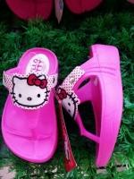 (พร้อมส่ง)รองเท้าคีบคิตตี้ ลิขสิทธิ์แท้ 100% มีไซส์ 24-40 มีของเด็กและผู้ใหญ่ค่ะ สีชมพูเข้ม