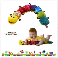 Musical Inchworm Lamaze ใช้วัดส่วนสูงเด็กอ่อนได้ยาว 60 ซม. มีเสียงเพลง และ เสียงกระดิ่ง ผิวสัมผัสแตกต่างส่งเสริมพัฒนาการ มี 2 สี หัวสีเหลือง และ หัวสีส้ม (คลิ๊กที่ภาพเพื่อดูภาพเพิ่มเติมค่ะ)