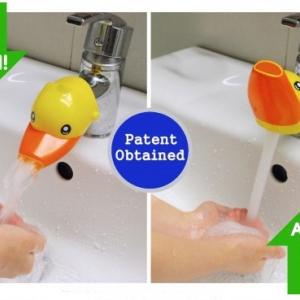 เป็ด สีเหลือง หัวต่อก็อกน้ำ สำหรับเด็กเล็กที่เอื้อมไม่ถึงก๊อก ให้น้องหัดล้างมือเองได้ง่ายๆ (ถ้าผู้ใหญ่จะล้างมือเพียงดันหัวการ์ตูนขึ้น)