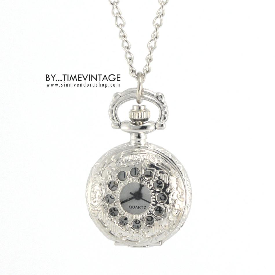 """นาฬิกาสร้อยคอสีเงิน คอลเลคชั่น """"Hourglass"""""""