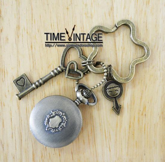 """**พร้อมส่ง** นาฬิกาพวงกุญแจ ดีไซด์ """"Cute Boy"""""""