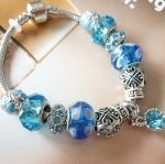 สร้อยข้อมือ แบบ Pandora สีฟ้า