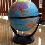 ลูกโลกขนาดเส้นผ่าศูนย์กลาง 10 cm.แบบไม่ใส่ถ่าน